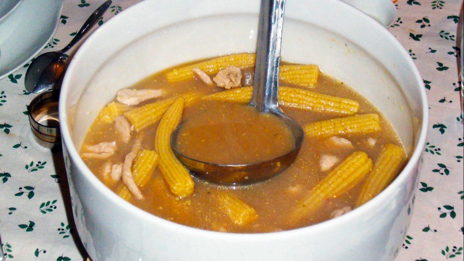מרק תירס - עוף סיני