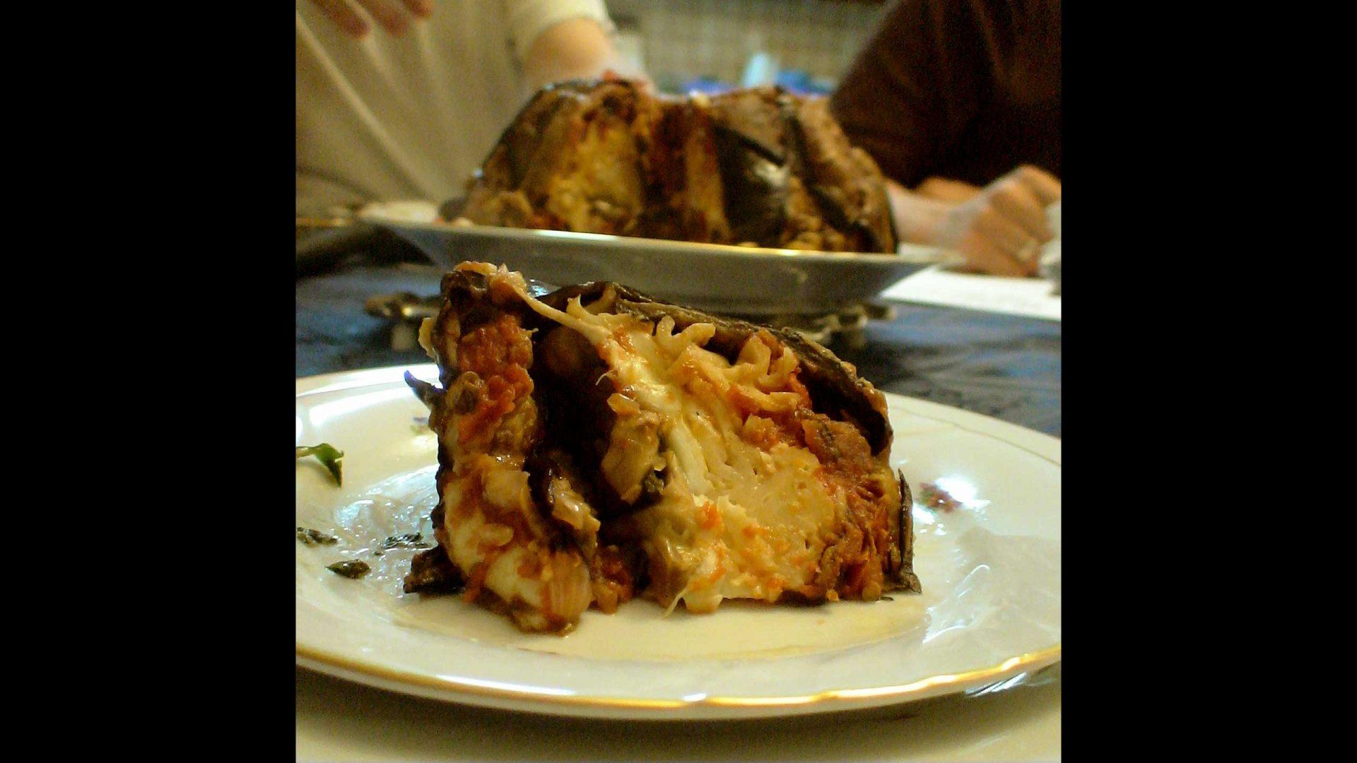 דיאבולו מאפה ממולא בחצילים גבינות ופסטה