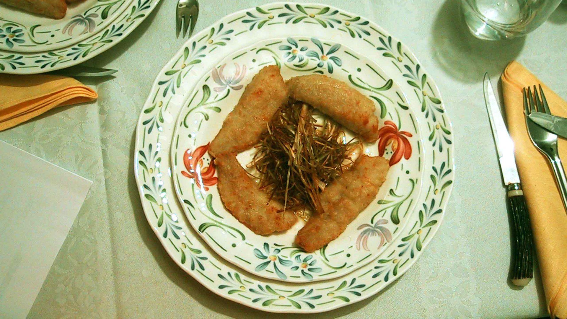 פילה מולית אדומה (ברבוניה) ברוטב תפוז