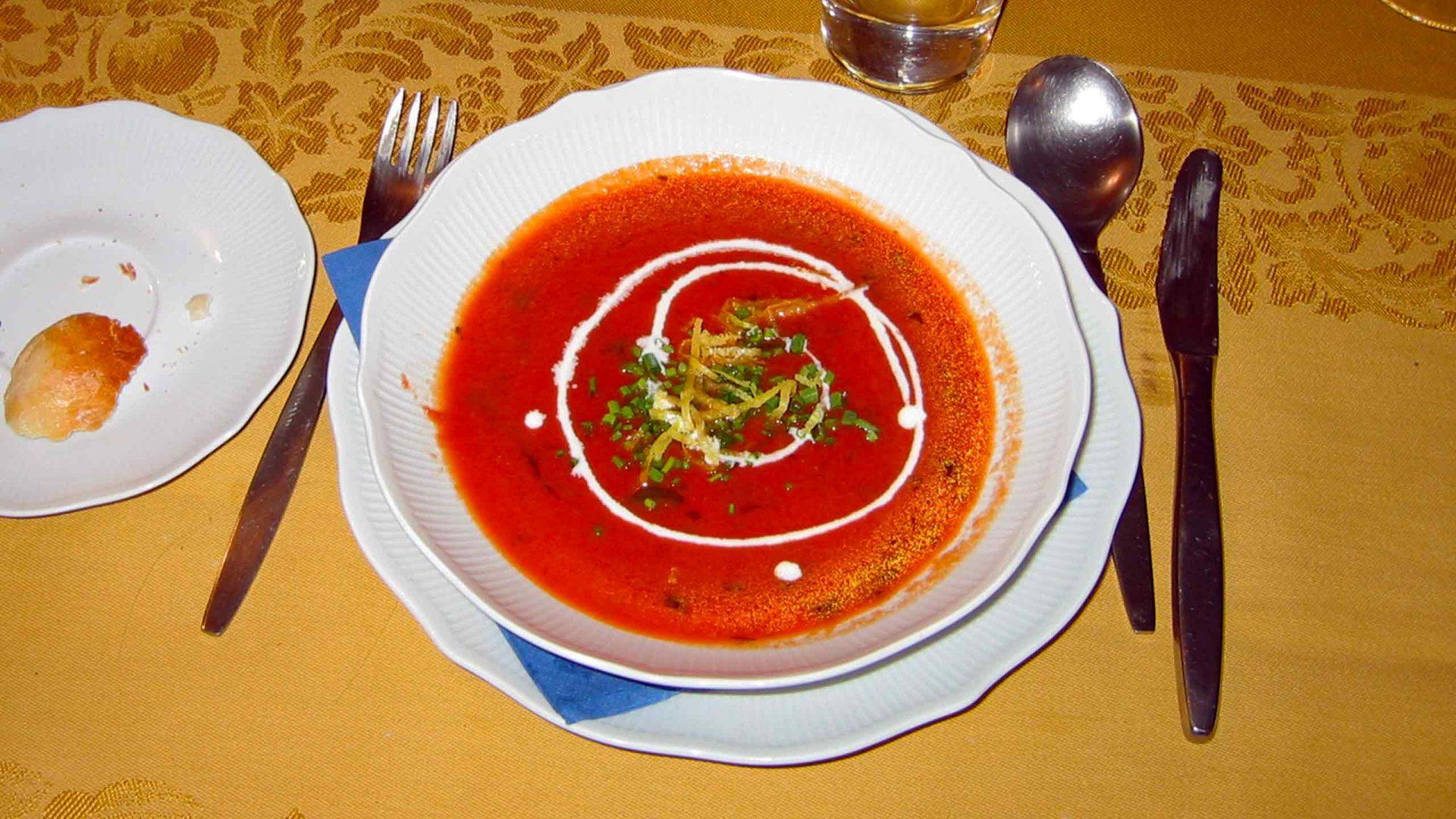 מרק עגבניות חמצמץ