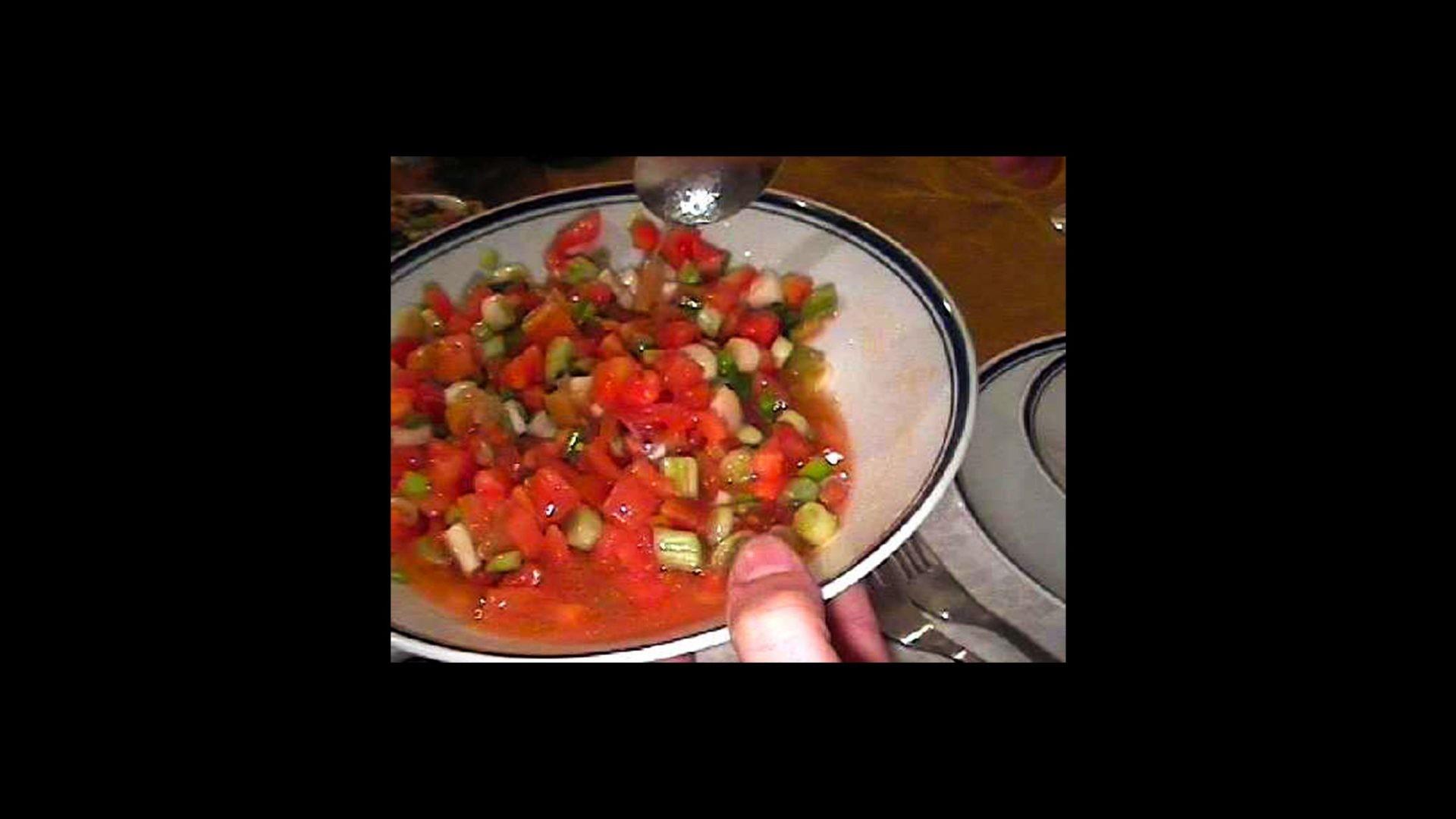 סלט עגבניות ולימון כבוש